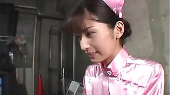 Giggly Japanese teen first bukkake - Japanese Bukkake Orgy