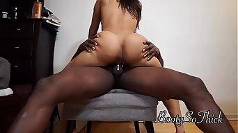 Big booty Fat ass Asian girlfriend Rides till creampie